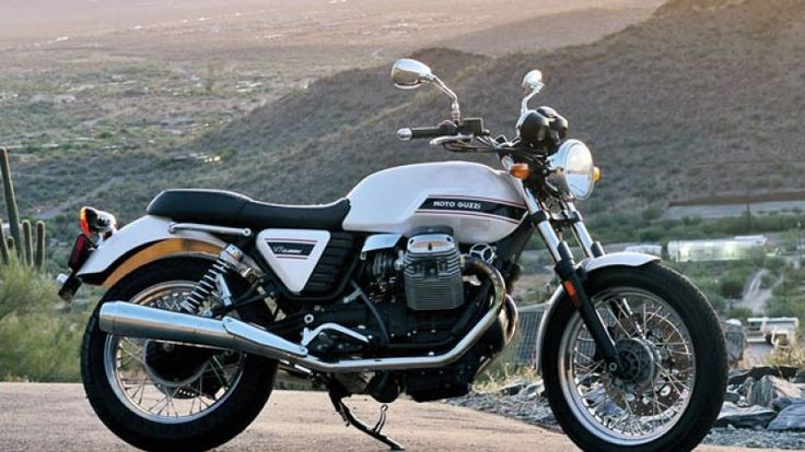 Review: Moto Guzzi V7 Classic is an Italian beauty you can live with - Autoblog
