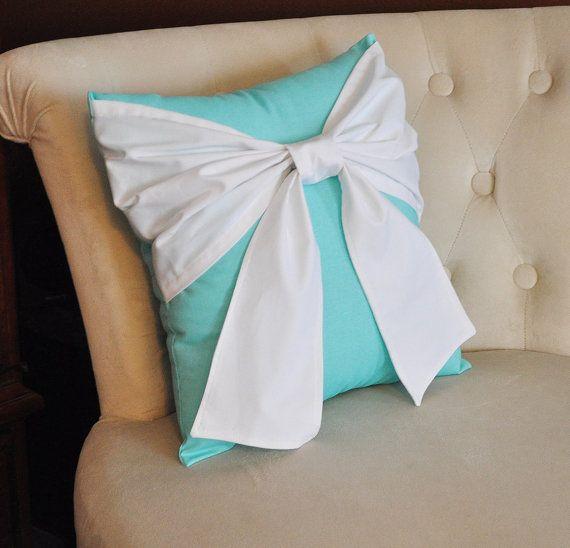 Best 25+ Tiffany bedroom ideas on Pinterest | Tiffany blue bedroom ...