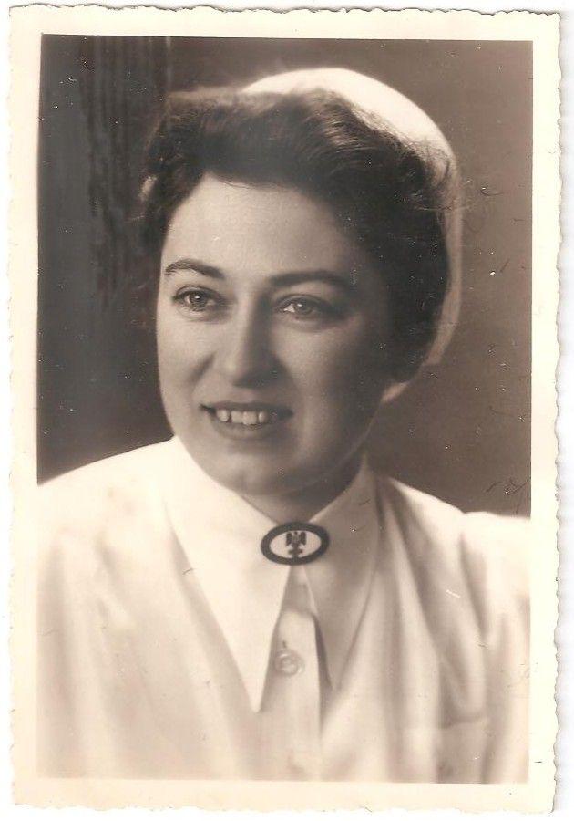 """Фото """"Медсестра - Красный крест"""" 3 рейх."""