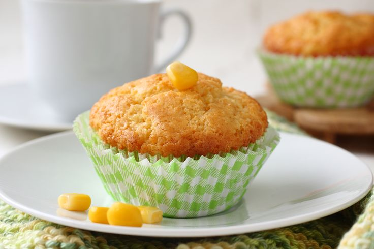 Riquísimos cupcakes que saben a Pan de Elote! Los cupcakes son un postre que está muy de moda, así que que mejor que poder preparar unos con sabor a pan de elote para no perder los postres que tanto nos gustan.