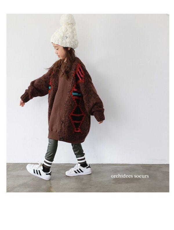 Dimple moment(ディンプルモーメント)、amber(アンバー)、Bien a Bien(ビエナビエン)、Peach&cream(ピーチアンドクリーム)、Le Girl(ルガール)を中心とした、おしゃまで大人顔負けの韓国子供服のお店。キッズサイズからジュニア、ママサイズまで取り扱い。パーティーグッズやパジャマ、寝具、親子3代で楽しめるハンドメイド雑貨、オリジナルヘアアクセも展開中