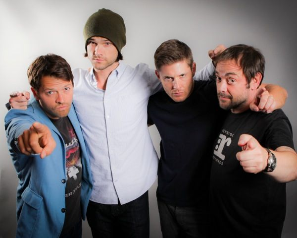 Misha, Jared, Jensen and Mark... this is the first serious picture i have seen of them