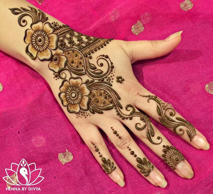 Mehndi Patterns Instagram : Cool henna mehndi designs instagram makedes
