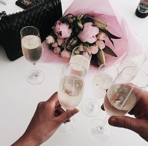 •Pinterest :@vandanabadlani food, foodporn, yum, yummy, dinner, lunch, breakfast, donuts, baked stuff, patisserie, fresh, tasty, delicious, eating, foodpic, foodgasm, dessert, chocolate, cake, icecream, dessertporn, sweettooth, drink, liquor, cocktails, drinkup, glass, beers, wine