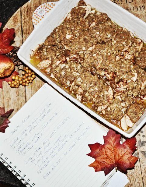 Easy apple crisp recipe - super delicious!