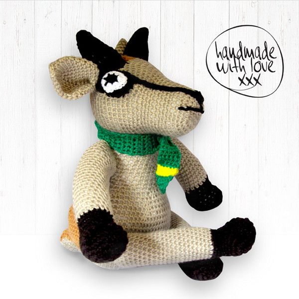 Bokkie, the Springbok, decided to join our Springbok family. Handmade with love. He loves to watch Rugby and is the biggest Bok supporter. Will make a great gift for a baby or child, or for your man's bar!