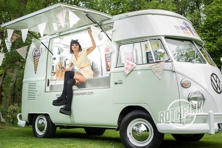 Split Screen Ice Cream Van