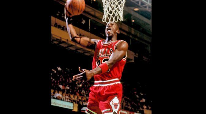 Lahirnya Sang Legenda Bola Basket - Saat ini adalah pengulangan Hari ulang tahun dari sang legenda bola basket