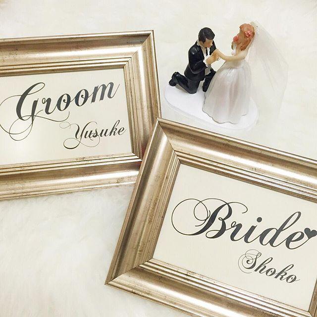 結婚式のウェルカムスペースには《受付サイン》がマストですよね** インスタグラムでトレンドをチェックしてみると、多くの先輩花嫁さんたちがメタリックのフォトフレームをセレクトしていました!今回は、素敵な《受付サイン》のアイディアをカラー別にご紹介♪ みなさんは、ゴールドとシルバー どちらをセレクトしますか?♡
