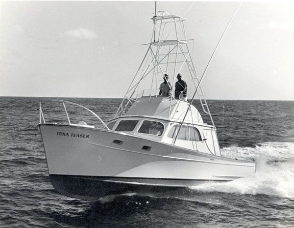 History of sportfishing boats boats 37 and of for Tuna fishing boats for sale