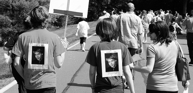 NAMI-Mercer Walk, 2009.    Depression is a bad disease. It kills people, including teenagers. This walk today was to try to reduce the stigma associated with mental illness, so that people can accept help more easily.    Click here for a better view, on  get natural remedies for stress visit http://treatmentforanxiety.bestonlineproducts.net