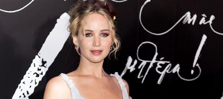 Η Jennifer Lawrence μιλάει για τη φοβία της με τα αεροπλάνα