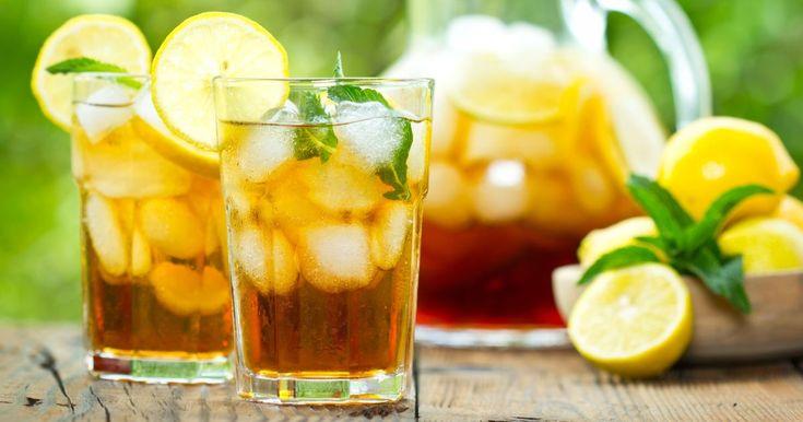 Pripravte si recept na Osviežujúci citrónovo-mätový ľadový čaj s nami. Osviežujúci citrónovo-mätový ľadový čaj patrí medzi najobľúbenejšie recepty. Zoznam tých najlepších receptov na online kuchárke RECEPTY.sk.