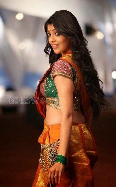 Actress Kajal Agarwal Gallery  More photos at http://www.kollywoodzone.com/cat-kajal-agarwal-111.htm