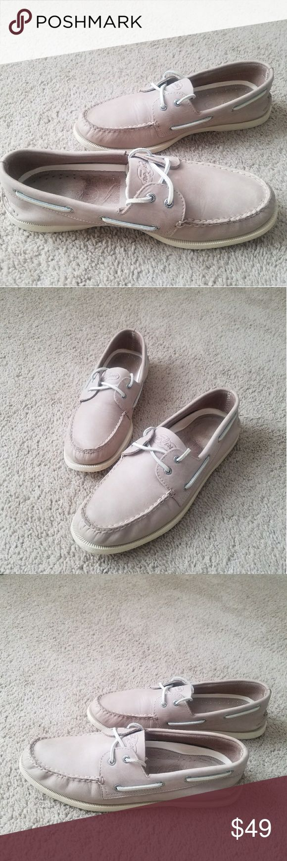 Sperry Top-Sider Men's Boat Shoes Beige Learher Sperry Top-Sider Mens Boat Shoes Beige Leather Upper 2 Eye Size 12M Excellent Condition! From Smoke/Pet Free Home Sperry Shoes Boat Shoes