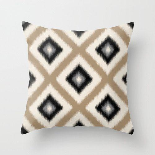 Best 25+ Neutral pillow covers ideas on Pinterest Neutral pillows, Decorative pillows and ...