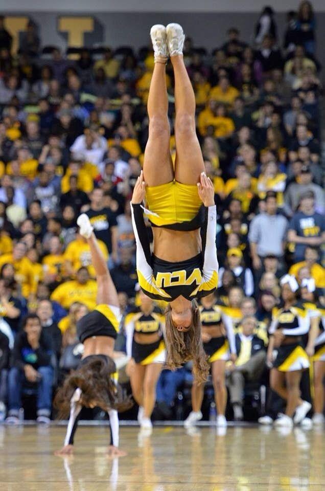VCU cheerleader