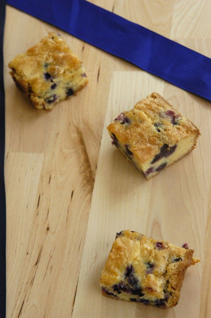 White Chocolate Blueberry Blondies | Blueberries / Strawberries | Pin ...