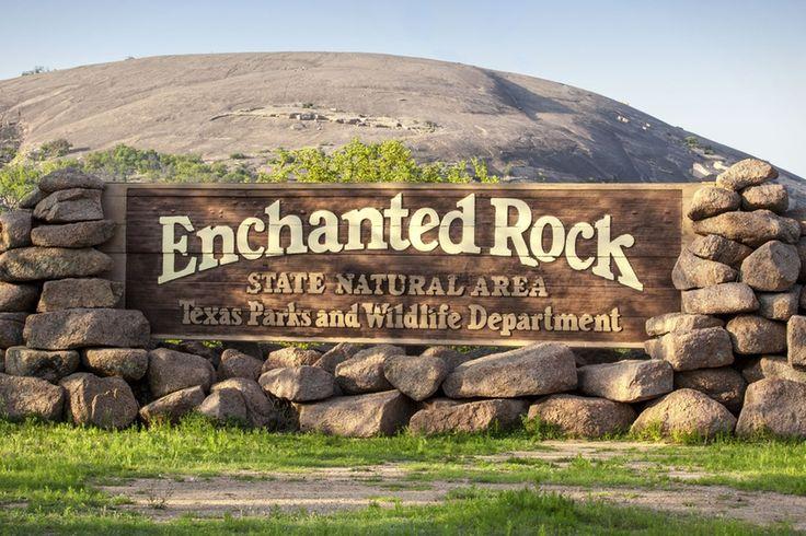Hiking near Austin - Hike To Enchanted Rock