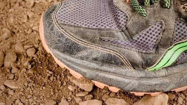 Zapatillas de correr: por qué es mejor no lavarlas La limpieza excesiva puede acortar su vida útil. Fuente... http://sientemendoza.com/2017/02/17/zapatillas-de-correr-por-que-es-mejor-no-lavarlas/