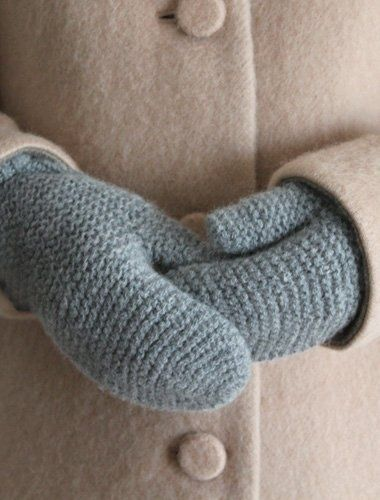 blue mittens! (My maternal grandmother used to knit us 100% real woolen mittens & mail them to us in brown paper packages, tied up in string, when we were children... [rembrances of days gone past!] ~js