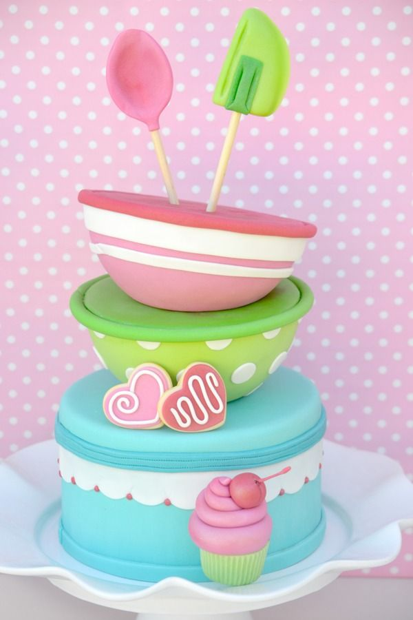 Cake Decorations For Birthday Party : 25+ best ideas about Baking birthday parties on Pinterest ...