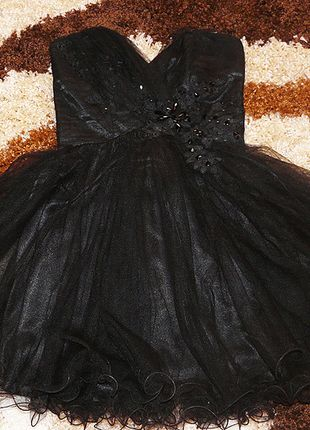 Kup mój przedmiot na #vintedpl http://www.vinted.pl/damska-odziez/krotkie-sukienki/10011718-piekna-czarna-sukienka-rozkloszowana-elegancka-stylowa-na-wesele-i-inne-okazje