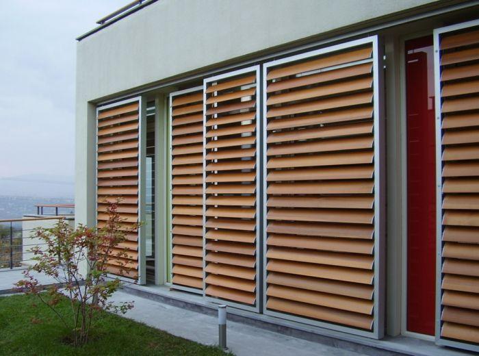 Holz Jalousie Modern Verschiebbar Lamellen Haus Gestalten Aussenjalousien Haus Sonnenschutz Fenster