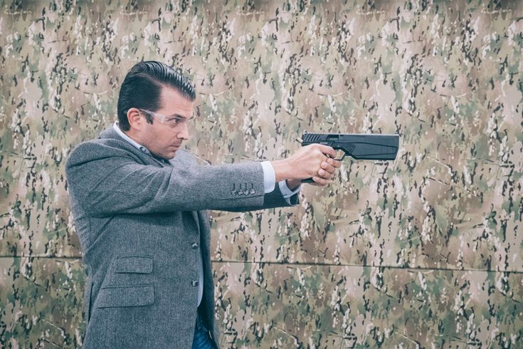 Gun silencers are hard to buy. Donald Trump Jr. and silencer makers want to change that.  With the GOP in control of Congress and the elder Trump moving into the White House, a bill to ease restrictions on silencers may have its best chance of passing.