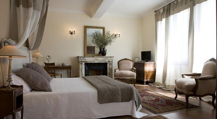 Booking.com: Hôtel La Bastide du Bois Breant - Maubec, France