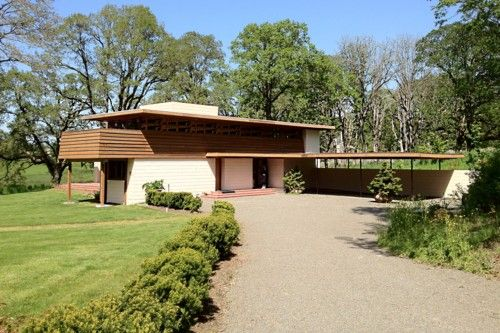 4321 best images about frank lloyd wright on pinterest for Frank lloyd wright craftsman