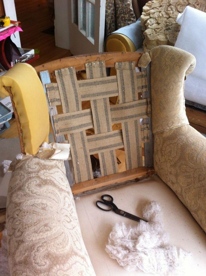 Diy Upholstery Diy Neubeziehen In 2020 Sofa Neu Beziehen Rustikale Couch Bilder Dekoration