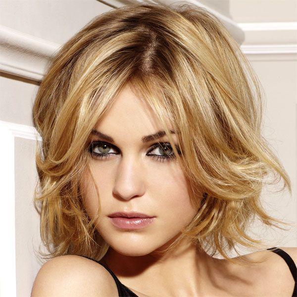 Style coiffure pour visage ovale