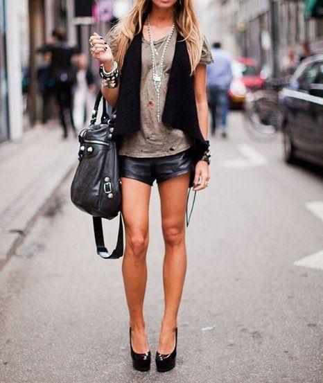 fashforfashion -♛ STYLE INSPIRATIONS♛Leather Shorts, Summer Fashion, Summer Looks, Edgy Style, Fashion Models, Clothing, Leathershorts, Street Style, Rocker Chic