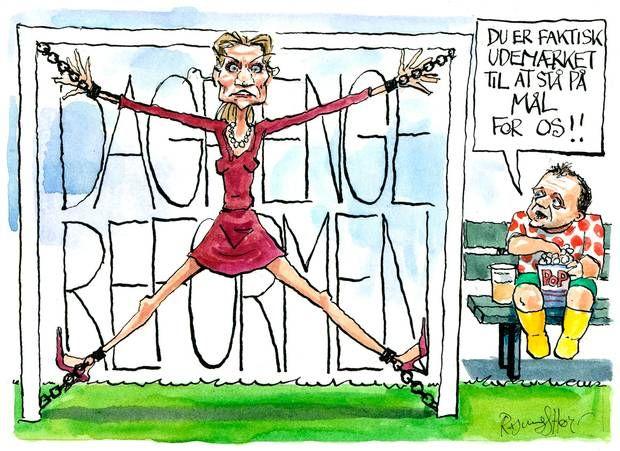 Statsminister Helle Thorning har i hele sin regeringstid haft voldsomme problemer på grund af efterlønsreformen og kunne også forvente kritik under S-kongressen 2014. Tegning Rasmus Sand Høyer