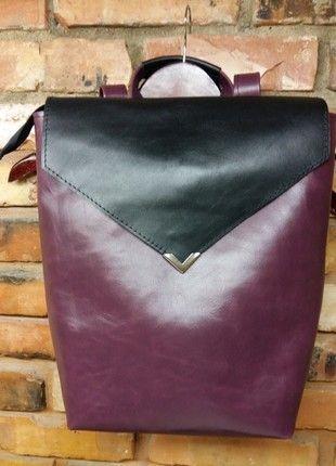 Įsigyk mano drabužį #Vinted http://www.vinted.lt/moteriskos-rankines/kuprines/18498406-madinga-odine-kuprine