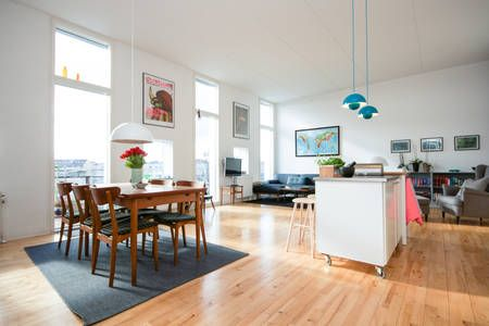 Airbnb: 110 m2 penthouse apt. with balcony a Copenaghen