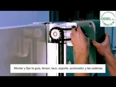 Renlita Doors Series 3000 Foldaway Door - YouTube