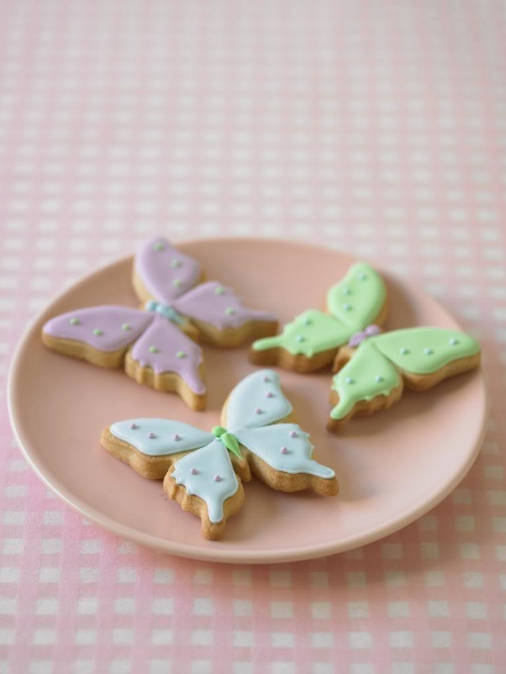 Deagostini Cake Decorating Kit : 17 Best images about Butterfly Cakes on Pinterest