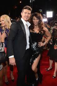 Robin Thicke y su esposa Paula