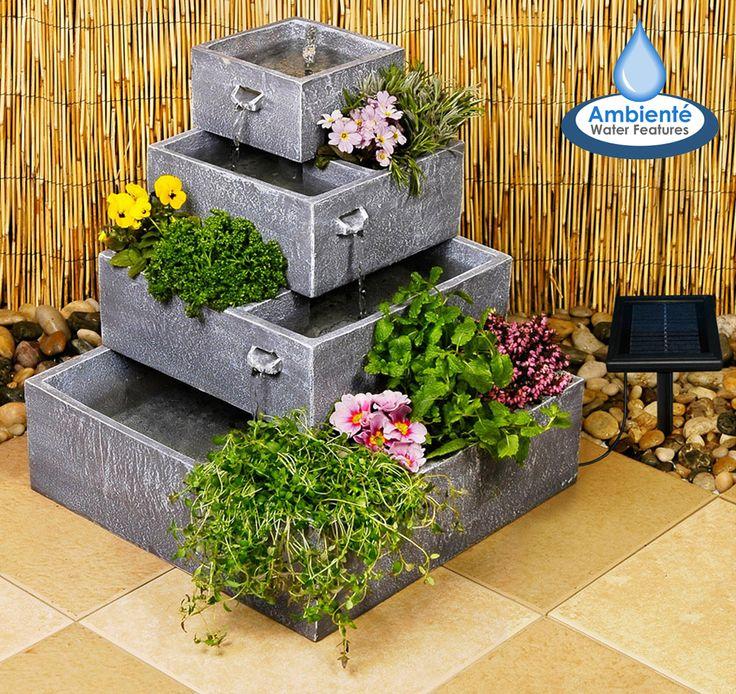 4-stöckiger, bepflanzbarer Solar-Kaskadenbrunnen   Dieser 4-stöckige Kaskadenbrunnen ist ein wahrer Blickfang für jeden Garten, Terrasse oder Balkon. Er ist zudem auch sehr praktisch, da er zudem auch noch bepflanzbar ist. Hervorragend für ein kleines Kräuter- oder