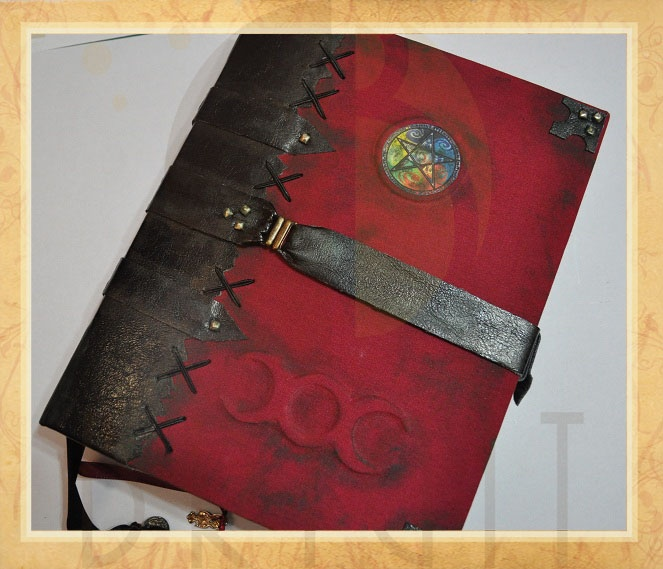 "Handmade book / bookbinding - Livro das Sombras ""Aged Book"" (Book of Shadows ""Aged Book"") - Grimoire - Handbound book - Handbound Journal"