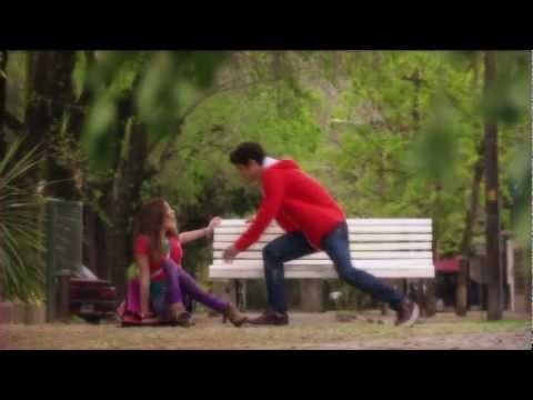 Violetta - Clip officiel Cynthia Dans Mon Monde - EXCLU Disney Channel