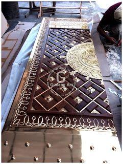 Pembuatan Ornamen pintu Masjid Nabawi