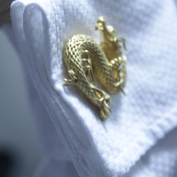 #chinesedragon #cufflinks #fashiondesign #finejewellery #london
