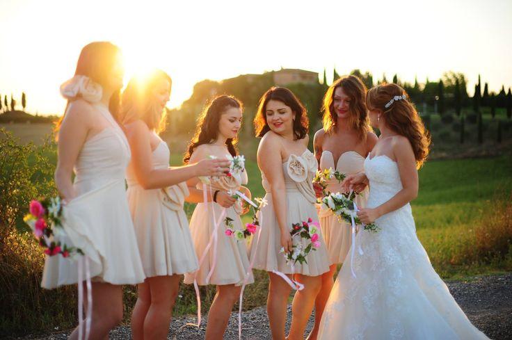 Under the Tuscan sun #weadding #bridesmaid #flowers