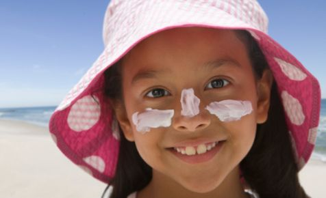 How to remove sunscreen stains from clothing.