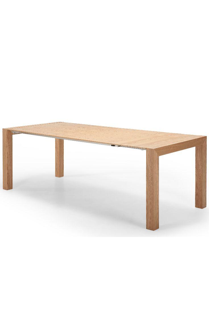 Bramante ausziehbarer Esstisch in Esche. Bramante ist ein echtes Design-Understatement. An diesem Tisch können bis zu zehn Personen Platz nehmen.