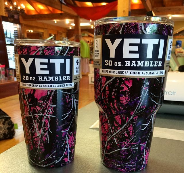 Yeti Colored Rambler 20 Muddy Girl Camo: