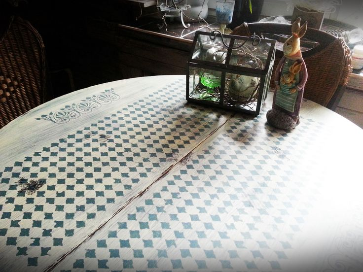 Nowe życie mojego stołu :)